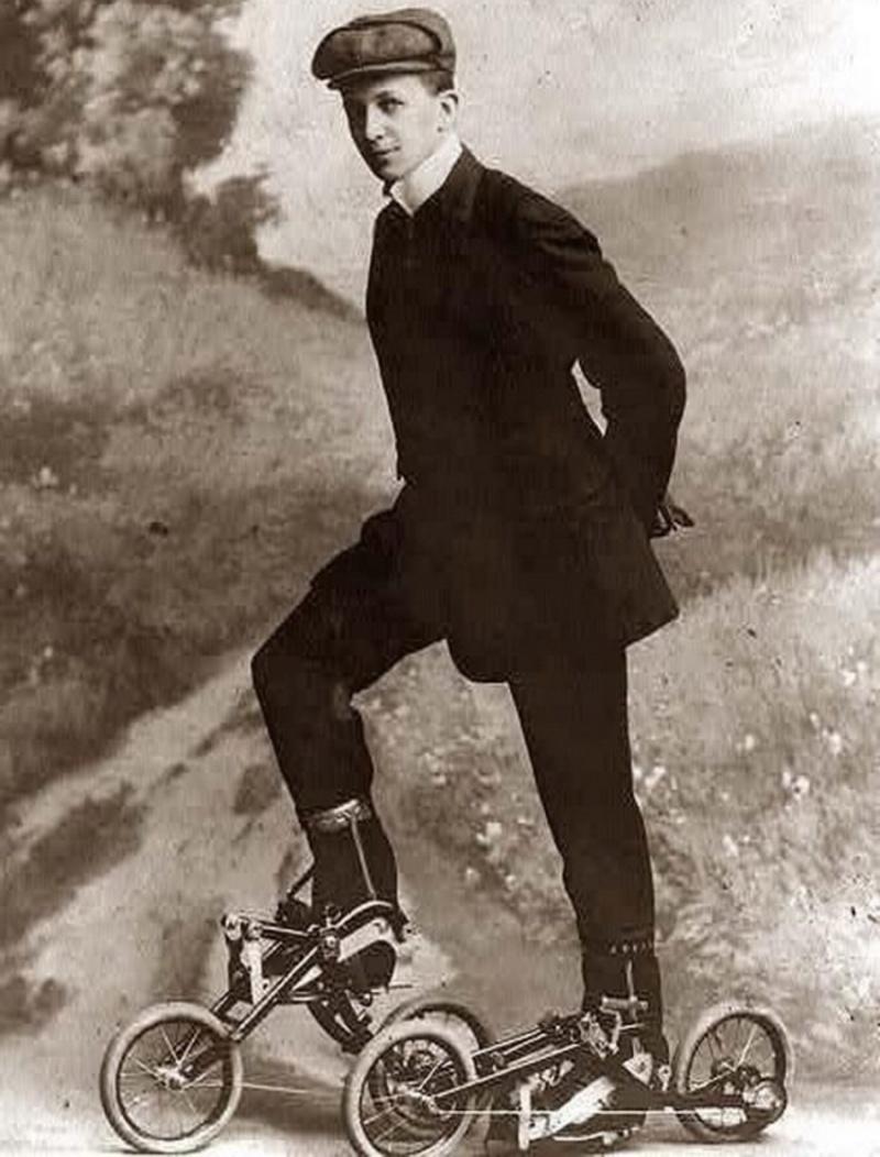 Μίνι ποδήλατα; Πατίνια; Άγνωστο...